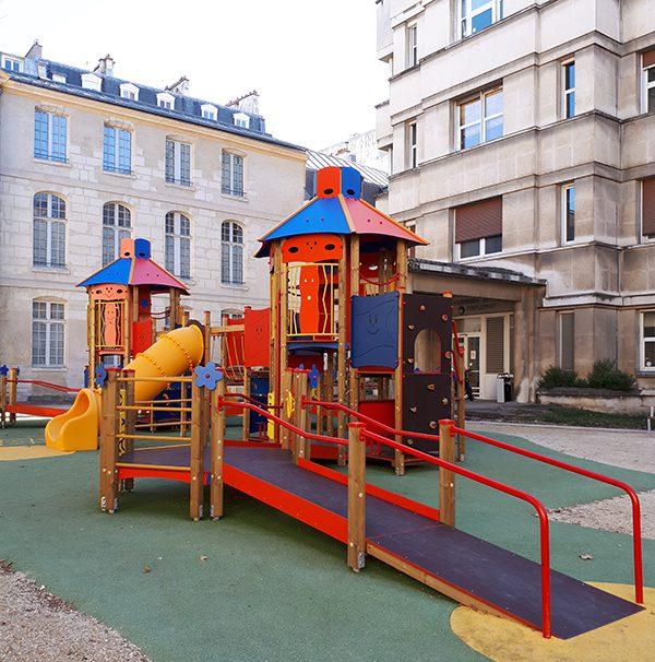 Une aire de jeux inclusive à l'Hôpital Necker